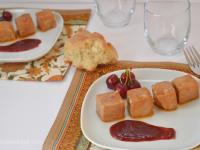 Tacos de atún en salsa de cerezas